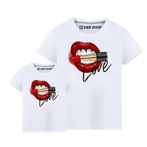 Lips Love T-shirt